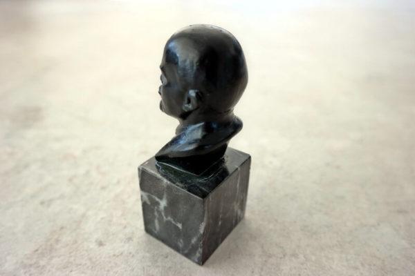 Buste Lenin Klein – Foto 2